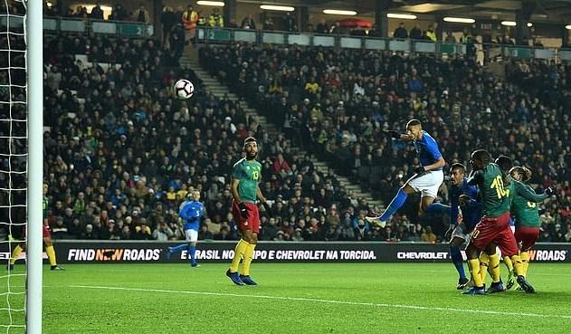 Neymar tịt ngòi, Brazil thắng nhọc Cameroon nhờ ngôi sao lạ