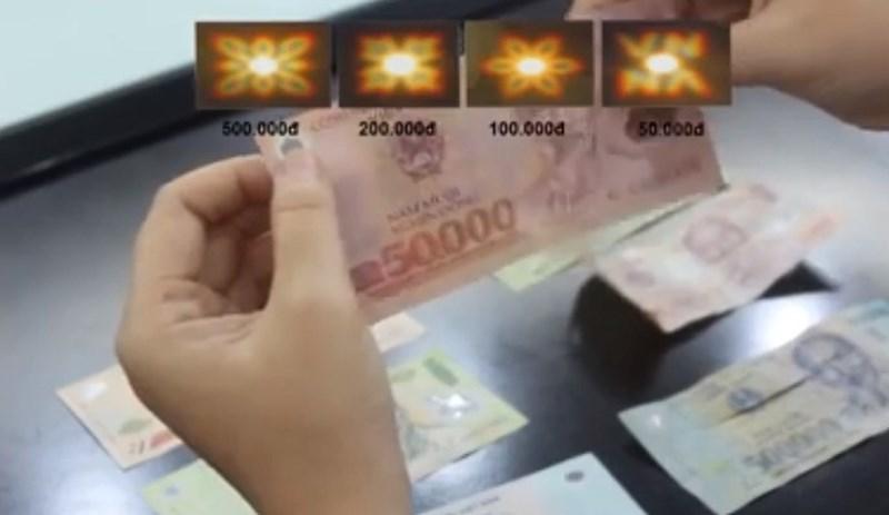 6 cách phân biệt tiền giả