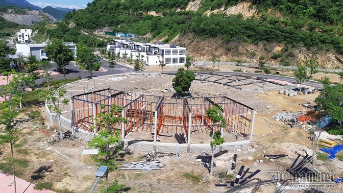 'Bom nước' nổ chết cả nhà cô giáo: Đình chỉ toàn bộ dự án nhà cao...