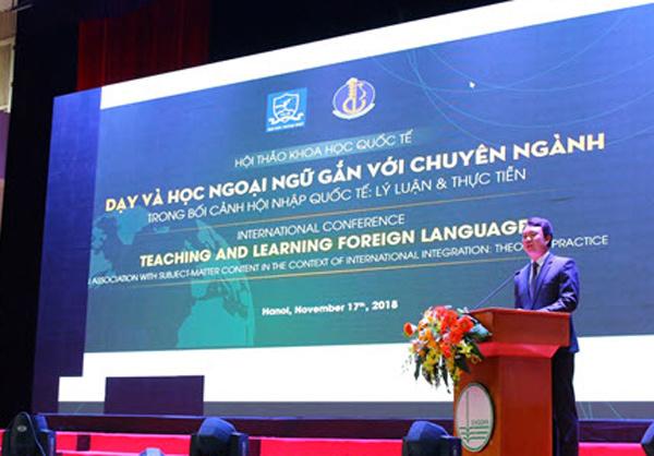 Dạy và học ngoại ngữ gắn với chuyên ngành để hội nhập quốc tế