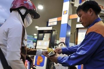 Giá xăng giảm lần thứ 7 liên tiếp, chỉ còn hơn 11 ngàn/lít