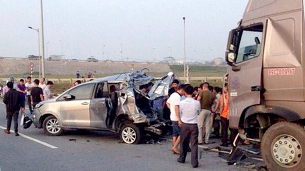 Xe Innova đi lùi trên cao tốc: TAND Cấp cao kháng nghị huỷ án