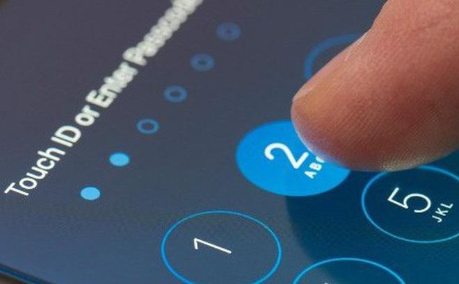 Cựu kỹ sư Apple 'ra giá' 15000 USD để mở khóa iPhone