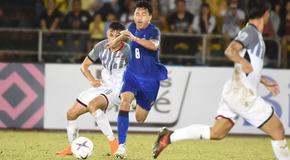 Đánh rơi chiến thắng, Thái Lan có thể văng khỏi bán kết