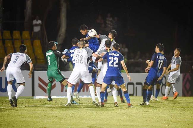 Việt Nam đấu bán kết: Thầy Park 'săn' bàn thắng sân khách!