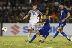 HLV Thái Lan gạt nỗi lo bị loại, quyết vô địch AFF Cup