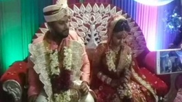 Bị trúng đạn, chú rể vẫn tiếp tục làm đám cưới