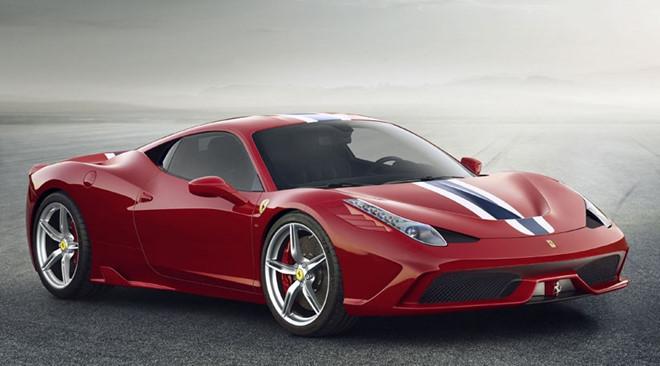 Đòi bãi xe bồi thường 19.500 USD vì làm móp Ferrari 458