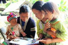 Nỗ lực giảm nghèo về thông tin và truyền thông