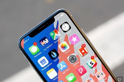 "Apple ""hồi sinh"" iPhone X do iPhone XS và XS Max ế"