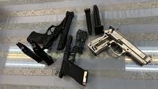Nam hành khách mang 3 khẩu súng từ Pháp về Việt Nam