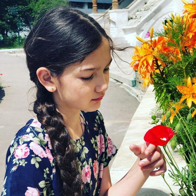Ngắm vẻ đẹp dễ thương của em gái thủ môn Đặng Văn Lâm