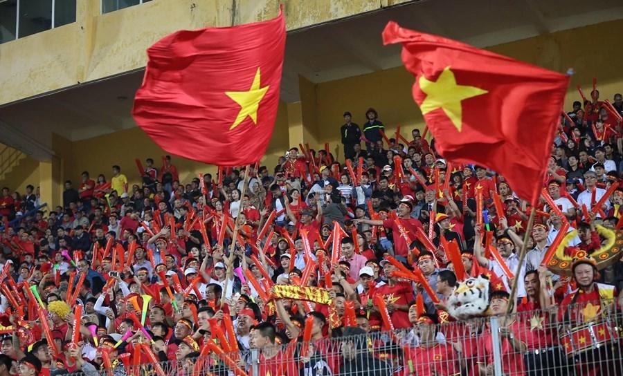 Việt Nam vào bán kết ấn tượng: Thái Lan phải bung sức mà đá