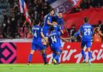 Đối thủ tuyển Việt Nam tìm ra độc chiêu, Thái Lan tuyên bố chấp tất