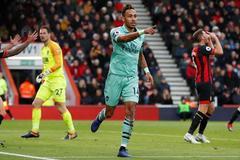 Aubameyang tỏa sáng, Arsenal đả bại Bournemouth
