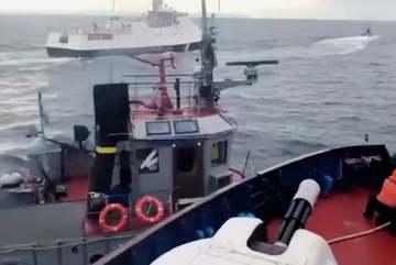 Nga nổ súng, tịch thu tàu hải quân Ukraina