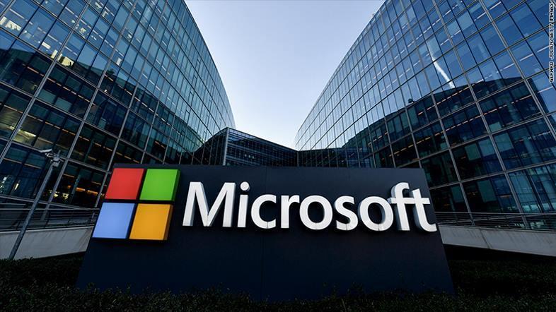 Microsoft qua mặt Apple thành công ty giá trị nhất thế giới