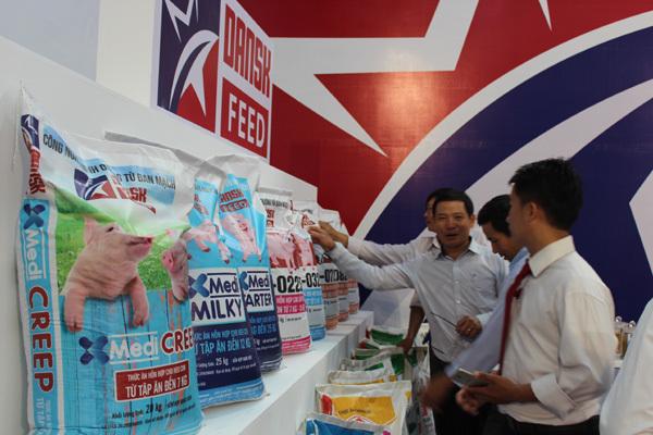 Khánh thành nhà máy thức ăn chăn nuôi 35 triệu USD