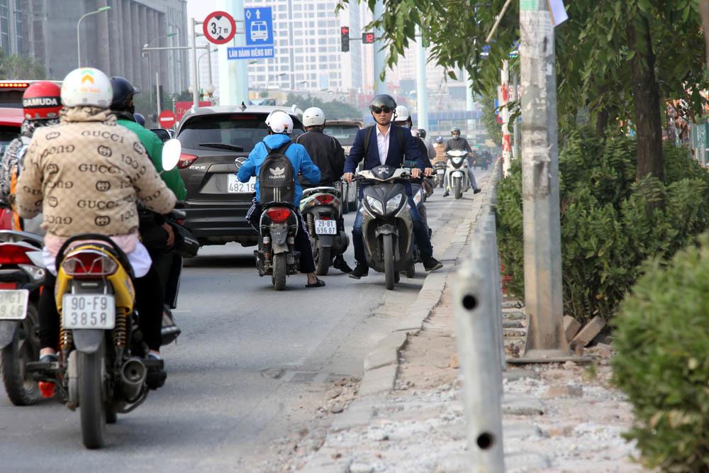 ngược chiều,Hà Nội,vỉa hè