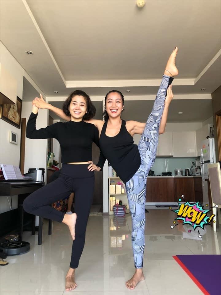 Mai Phương chăm chỉ tập yoga dù xương giòn vì ung thư phổi