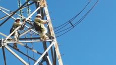 EVN thực chất đang lỗ, lại tăng giá điện