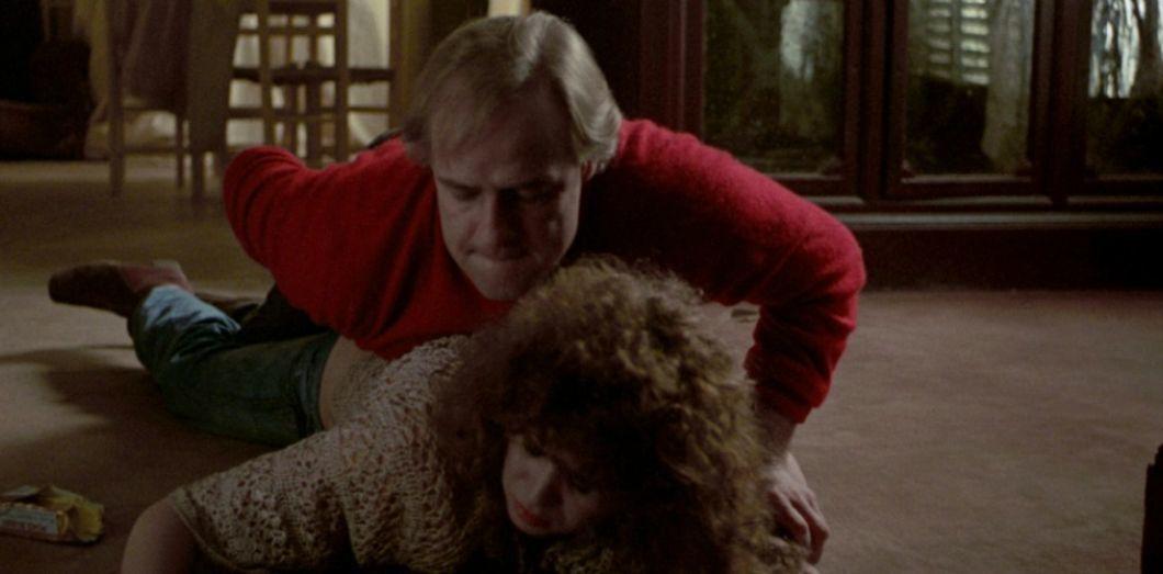 Cảnh diễn viên bị cưỡng hiếp thật khi đóng phim sốt trở lại vì đạo diễn qua đời