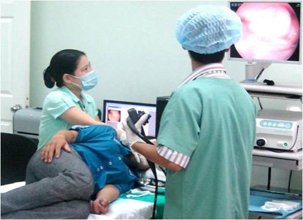 Hàng trăm bác sĩ nước ngoài đến Việt Nam học mổ nội soi