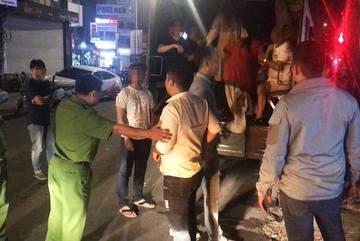 Nữ tiếp viên nhà hàng Sài Gòn 'đi khách' 4 triệu đồng/lượt