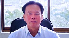 Khai lý lịch trình độ đại học, Chủ tịch huyện bị kỷ luật vì không có bằng