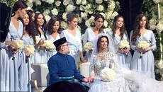 Ngắm cựu hoa hậu trở thành vợ của Vua Malaysia