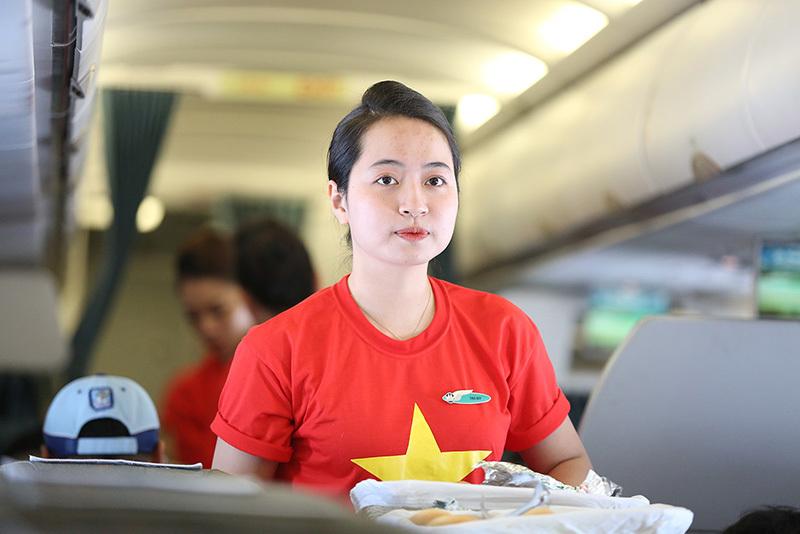 HLV Park Hang Seo nhường ghế thương gia cho tuyển thủ Việt Nam
