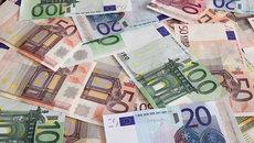 Tỷ giá ngoại tệ ngày 30/11: USD giảm nhanh, Euro tăng vọt