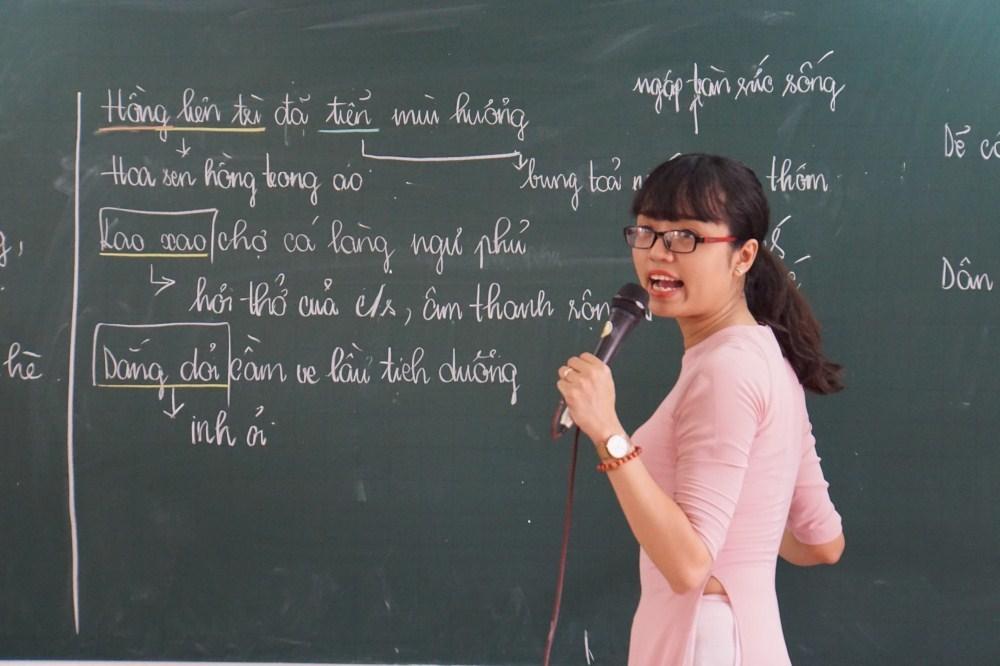 'Đừng dạy học sinh trở thành công cụ'