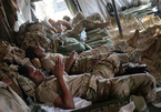 Hàng trăm lính Mỹ bị tù nhân 'tống tình' hơn 13 tỉ
