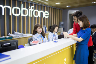Tăng tốc bán hàng, ngập tràn quà tặng từ MobiFone
