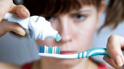 Đừng chủ quan, buồn nôn khi đánh răng là dấu hiệu của 3 bệnh nguy hiểm