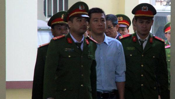 Cần cách ly bị cáo Phan Văn Vĩnh, Nguyễn Thanh Hóa khỏi xã hội