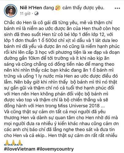 Trang phục 'Bánh Mì' của H'Hen Niê được báo quốc tế chú ý