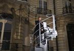 Đoạn cầu thang cũ nát có giá hàng tỷ đồng