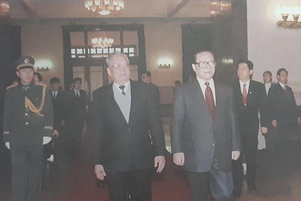 Đại tướng Lê Đức Anh và việc đưa Việt Nam thoát vòng xoáy của các nước lớn