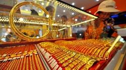 Tiệm vàng có được tự trang bị vũ khí?
