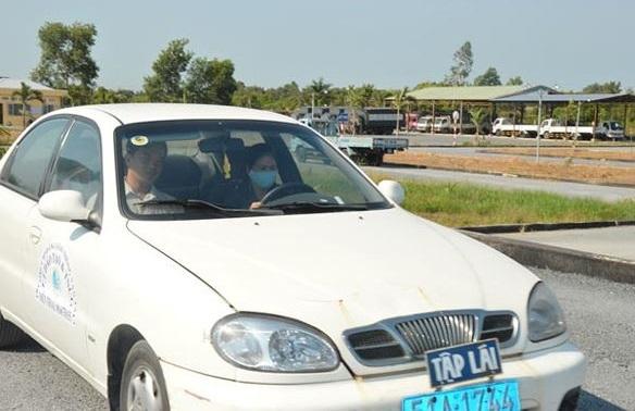 Xe tập lái gây tai nạn: tài xế có trách nhiệm bồi thường?