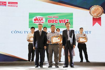 Đức Việt vào Top 100 sản phẩm-dịch vụ Tin & Dùng 2018