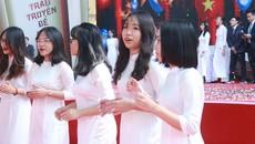 """Đề xuất tiếng Anh làm ngôn ngữ thứ 2 của Việt Nam: """"Trước sau gì cũng phải thực hiện"""""""