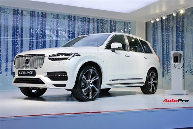 Những mẫu xe sắp ra mắt trong tháng 12: Từ bình dân đến bạc tỷ