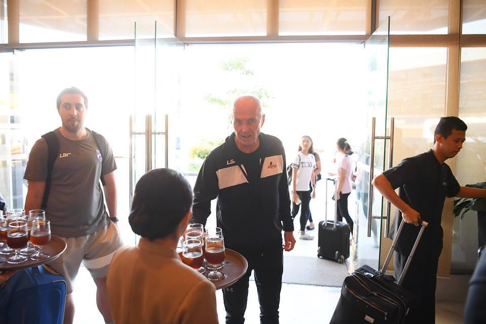 HLV Philippines: 'Tôi không biết ông Park Hang Seo là ai?'