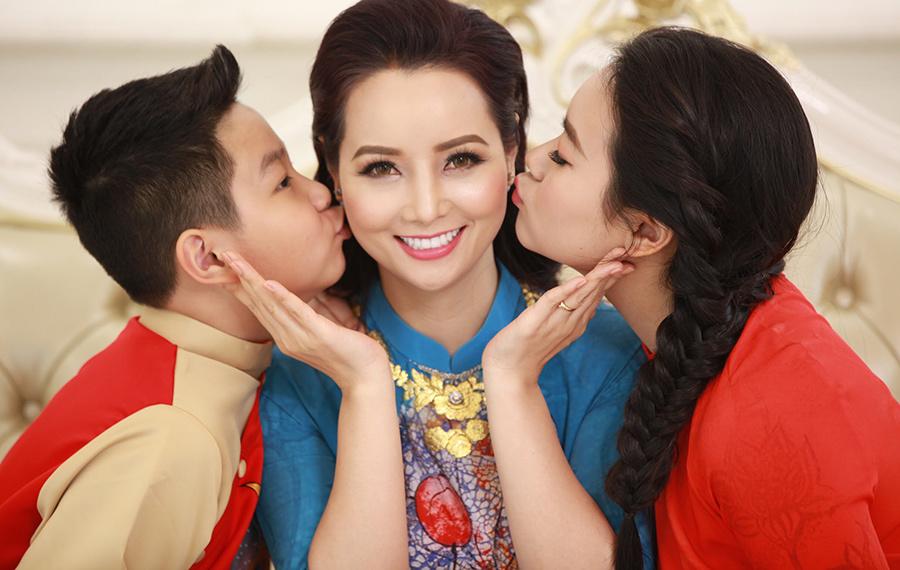 Mai Thu Huyền: 'Chồng là tình đầu và tình cuối của tôi'