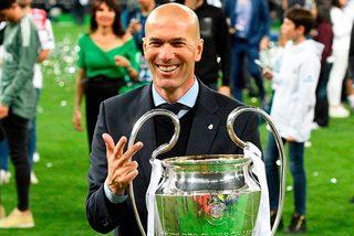 Zidane chuẩn bị tái xuất, Roma giải cứu Bailly