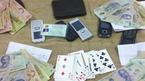 Bắt thượng úy, đội phó đội an ninh vì tổ chức đánh bạc