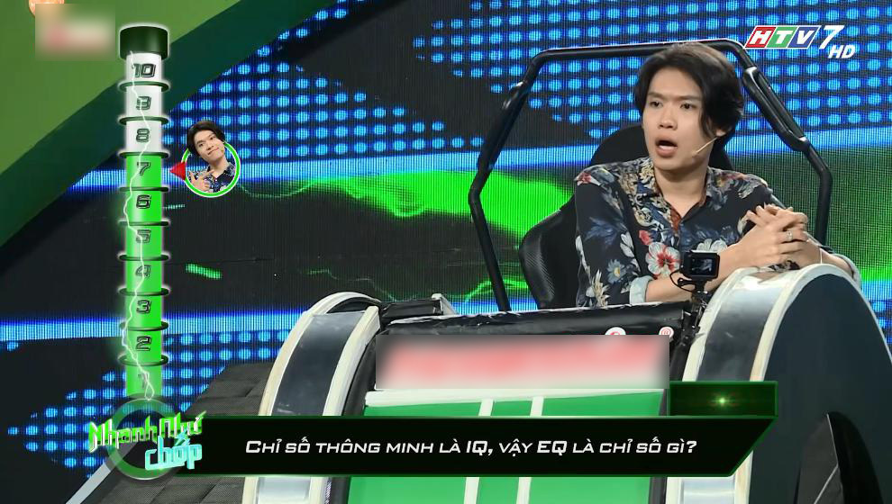 Hari Won thích thú khi Dương Thanh Vàng 'hôn' Huỳnh Lập trên truyền hình